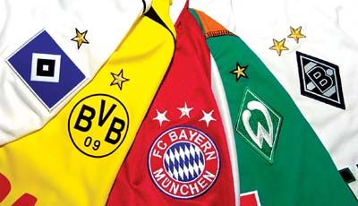 Champion stars on soccer tricots
